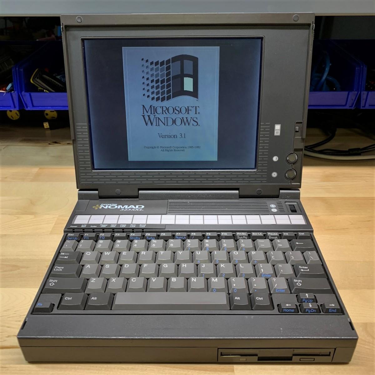 Gateway 2000 Nomad325SXL